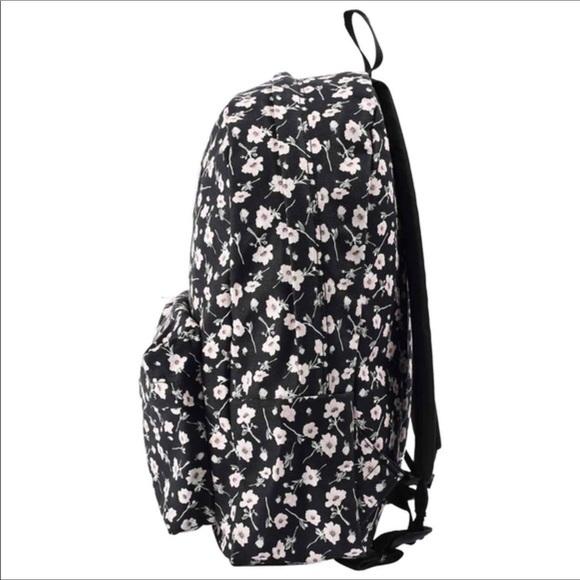 Vans Backpack Floral 🎒. M 5b4c013cc89e1da2b1e5c90d e3df12e394e33